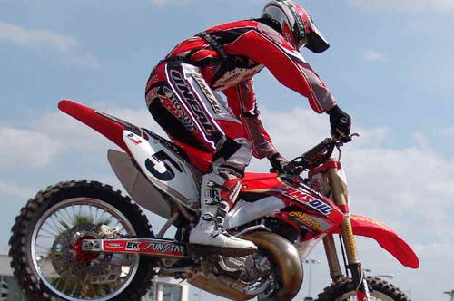 Kevin Windham On His 4-Stroke Honda Bike